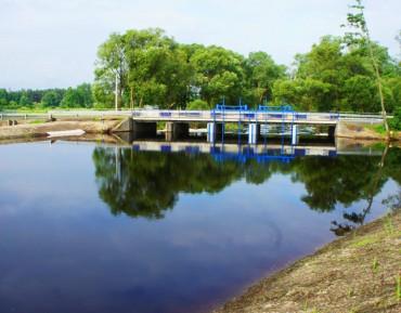 Remont jazu na rzece Czarna Włoszczowska w km 6 + 800